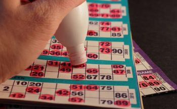 A Brief Look at the Different Types of Colourful Bingo Daubers